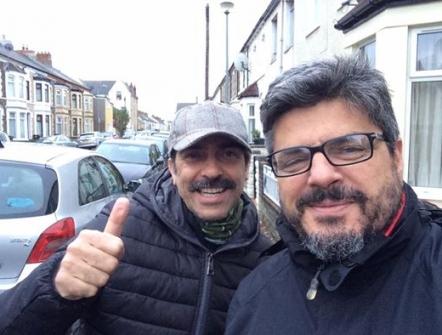 """SERGIO VESPERTINO E IL REGISTA SALVO CUCCIA del Film  """"LO SCAMBIO"""" in GALLES per premiazione"""